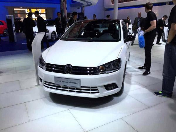是由中国第一汽车集团公司,德国大众汽车股份公司,奥迪汽车股份公司和