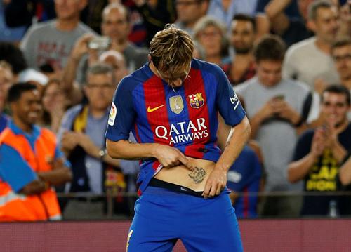 巴塞罗那  高清图:拉基破门秀小腹纹身 格刀染黄怒对裁判   有些球员