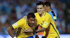 世预赛-巴西4-1 保利尼奥戴帽