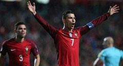 世预赛-葡萄牙3-0 C罗指天欢呼