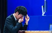 """柯洁被AlphaGo""""打哭"""""""