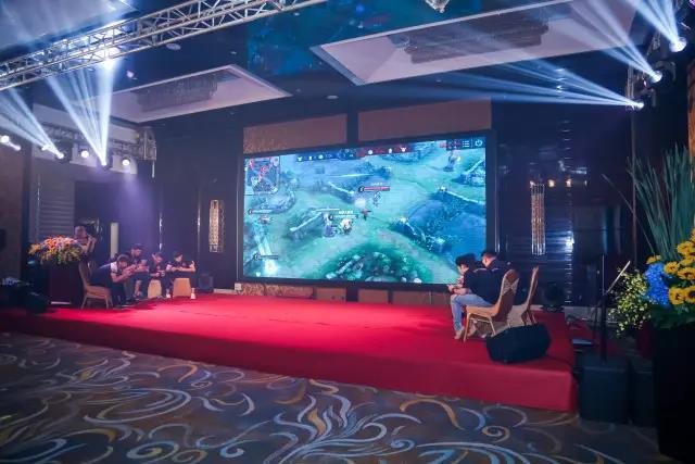 转转行业高地!烈豹电子竞技俱乐部在深圳占领磁悬浮成立笔的原理图片