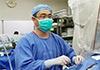 父亲生命危急接受抢救时 儿子却在隔壁手术室救人