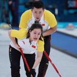中国冰壶混双击败韩国组合