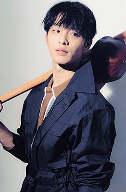 曹佑宁庆生解锁新技能><span class=